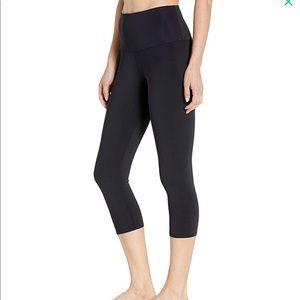 Onzie high rise Capri pants hot yoga sheen crops